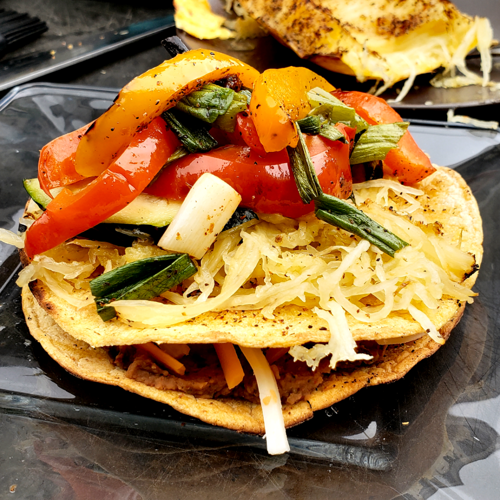 Tostada with veg